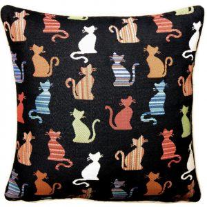 poszewka-gobelinowa-koty-czarna
